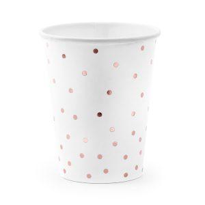 puodelis baltas taskiukai 1 Balti puodeliai su taškeliais